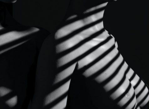 artisci nude verticale